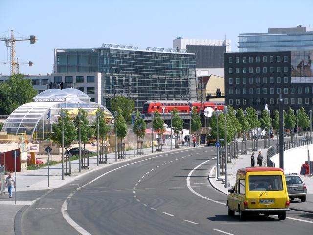 Berlin - sąsiedztwo dworca głównego